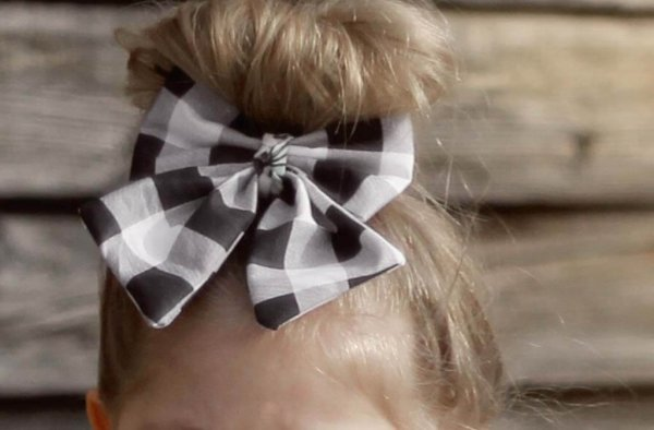 Opal girls bow detail black and white