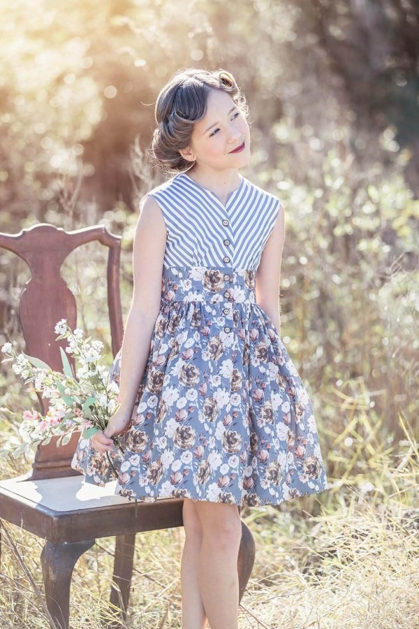 Opal Blue Stripes & Flowers Short Skirt