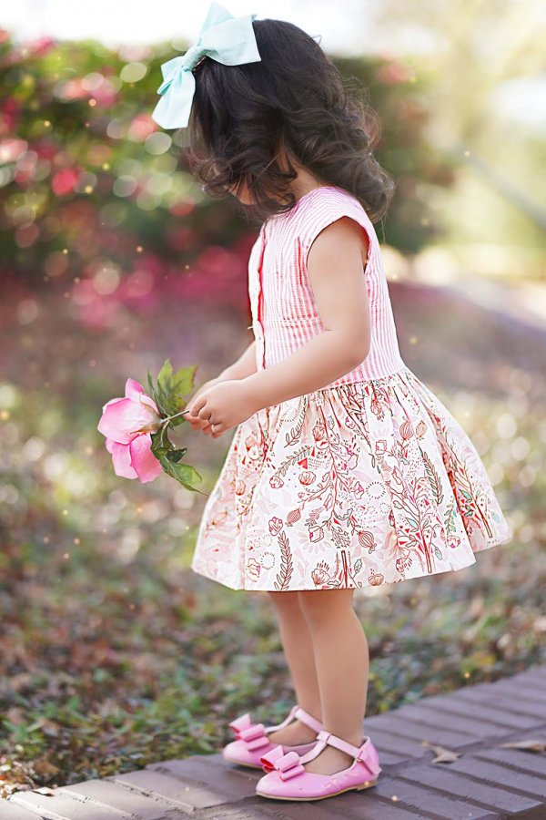Opal pink flowered short skirt