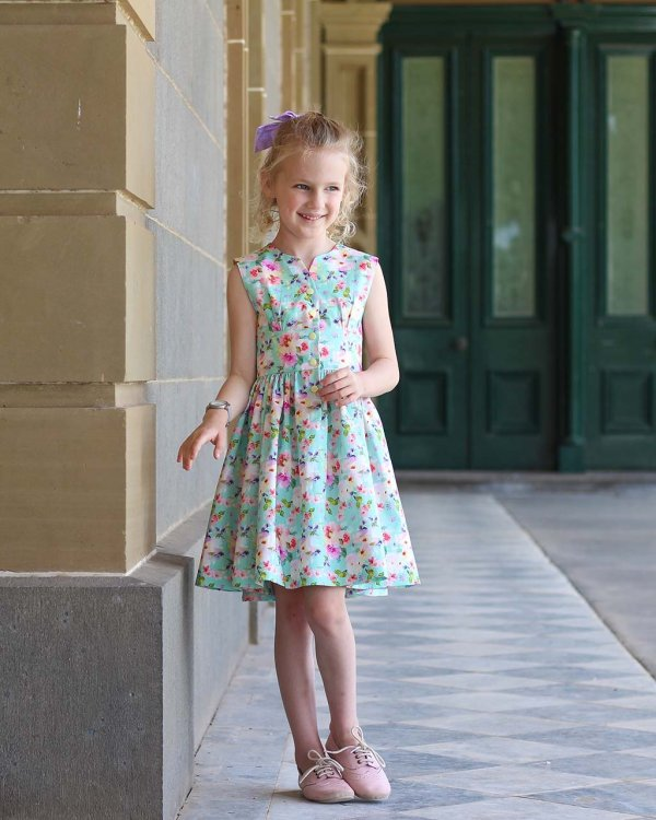 Opal girls dress short skirt calico flowers