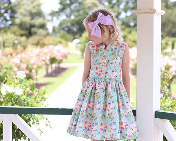 Opal short skirt dress with calico flowers