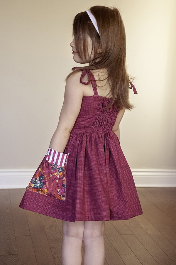 girls dress back gathers