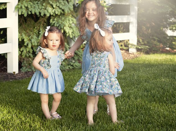 Baker dresses for sisters