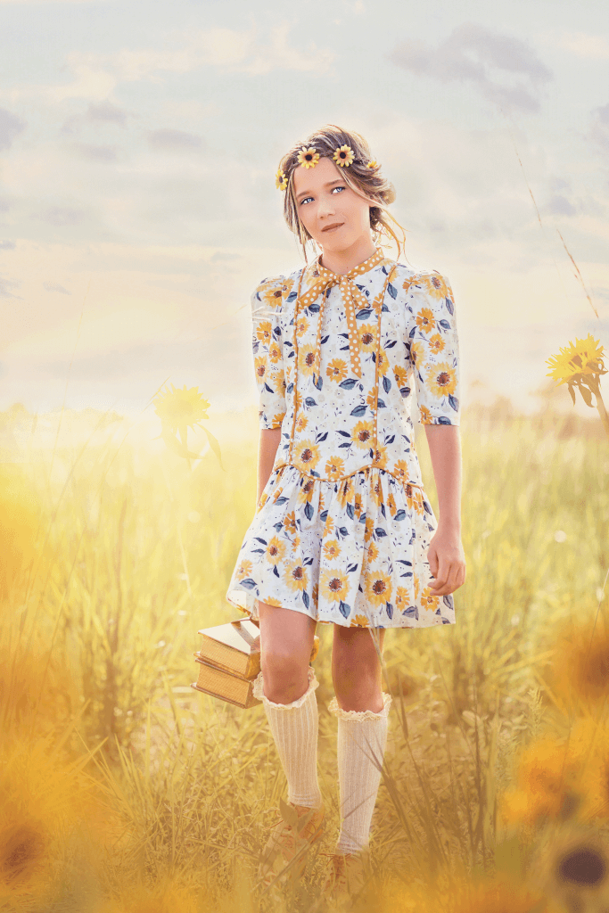 introducing Falleyn girls vintagedress