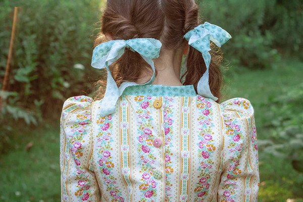 Falleyn calico dress bodice back