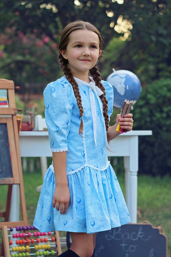 Falleyn vintage girls blue dress