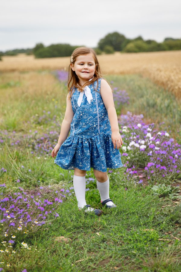 Falleyn vintage sleeveless childrens dress
