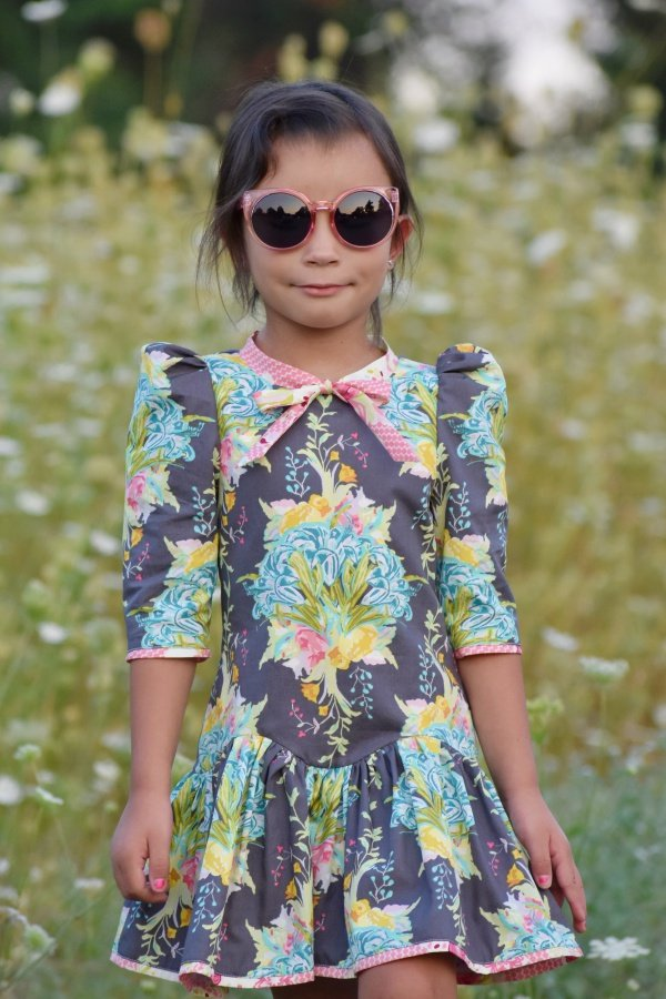 Falleyn big print girls dress front
